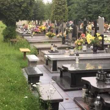Na sesji rady miejskiej o cmentarzu przy ul. Piaskowej w Radomsku