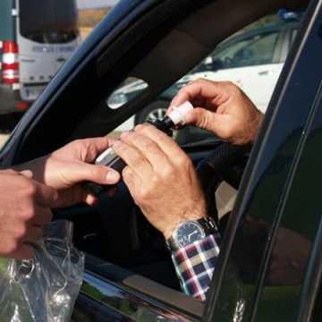 Policja zadba o bezpieczne święta na drogach
