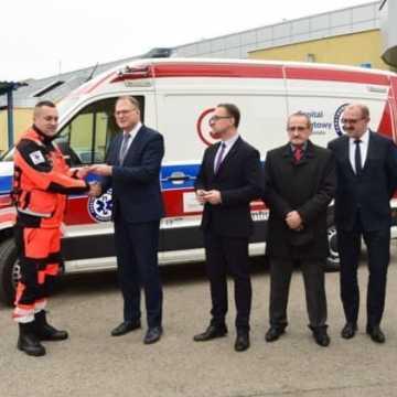 Karetka przekazana szpitalowi w Radomsku