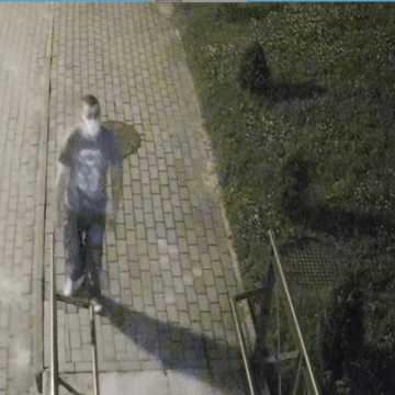 Policja z Radomska poszukuje sprawcy kradzieży roweru
