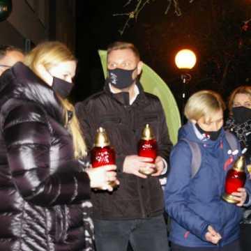Co to? Halloween? Akcja pod biurem poseł Anny Milczanowskiej została zakłócona. Interweniowała policja