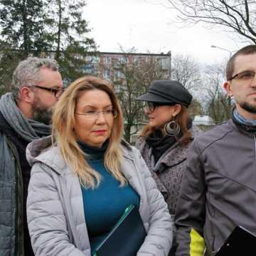 Po odrzuceniu inicjatywy uchwałodawczej Radomszczański Alarm Smogowy złożył petycję