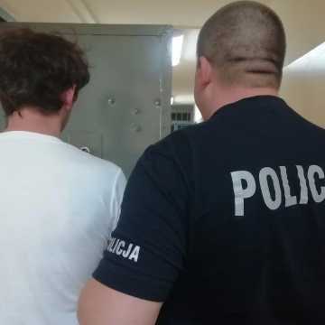 Bełchatów: 47-latek trzymał narkotyki w lodówce