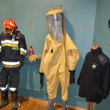 """""""Bogu na chwałę, ludziom na pożytek"""". W Muzeum Regionalnym o pożarnictwie w Radomsku"""