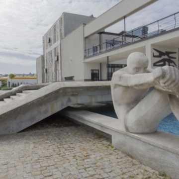 Miejski Dom Kultury w Radomsku zaprasza na sylwestra online