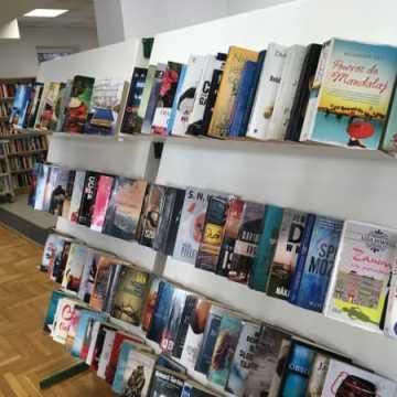 30 tys. zł na zakup nowych książek dla biblioteki w Radomsku