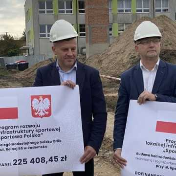 Miliony na rozwój bazy sportowej w powiecie radomszczańskim