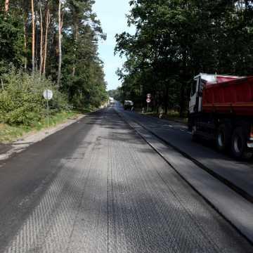 Piotrków Tryb.: frezarki na ul. Rakowskiej. Są duże utrudnienia