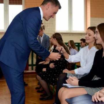 Ślubowanie klas pierwszych w Przedborzu