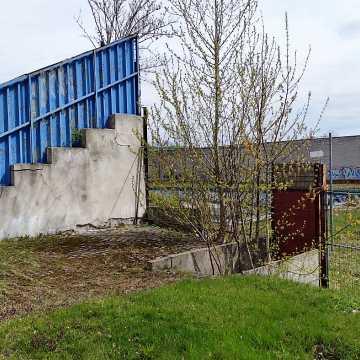 Inwestor wnioskuje o demontaż trybuny na stadionie przy Brzeźnickiej
