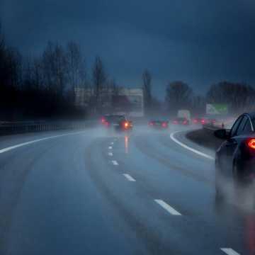 Uwaga kierowcy! Będzie ślisko na drogach!