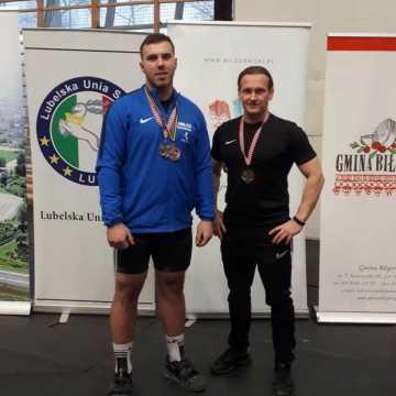 Łukasz Centkowski z UMLKS Radomsko mistrzem i wicemistrzem Polski w podnoszeniu ciężarów
