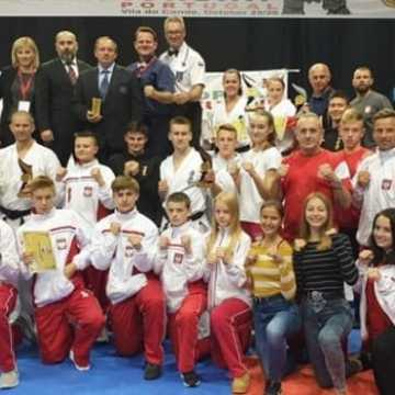 Weronika Mazur mistrzynią i wicemistrzynią Europy w karate
