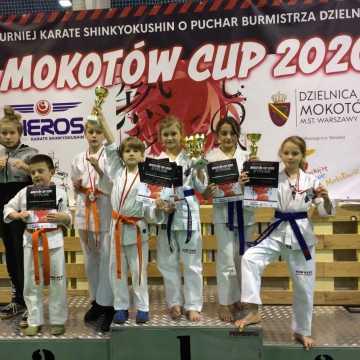 Mikołajkowy worek medali dla młodych adeptów sztuk walki z Radomska