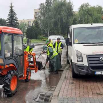 W Radomsku sprzątanie po nawałnicy
