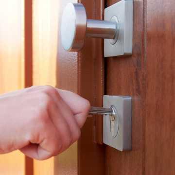 Drzwi zewnętrzne Łódź – wizytówka domu i mieszkania