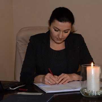 Betlejemskie Światło Pokoju dotarło do Starostwa Powiatowego w Radomsku