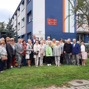 """Uliczna wystawa """"Parlamentaryzm węgierski"""" w Radomsku"""