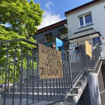 Protest mieszkańców nic nie dał. Ośrodek zdrowia w Ładzicach zlikwidowany. Zastąpi go prywatna placówka