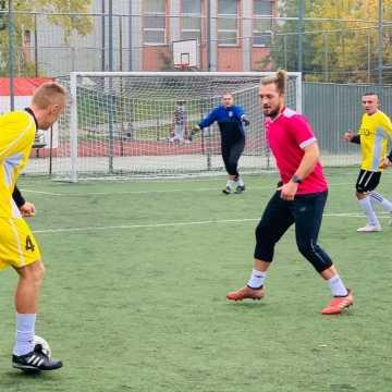 """Gold-Car mistrzem """"Szóstek"""" piłkarskich w Radomsku"""