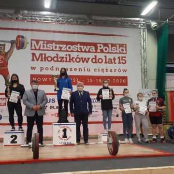 Sukcesy zawodniczek UMLKS-u na zawodach w Nowym Tomyślu