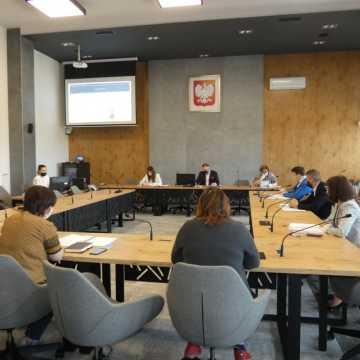 Radni miasta Radomska obradowali w nowej sali