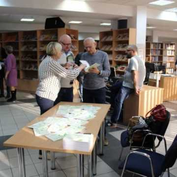 Spotkanie autorskie z Ewą Kaczmarczyk w bibliotece w Radomsku