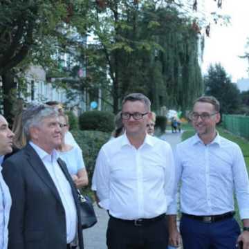 Marszałek Stępień spotkał się z Platformą Dialogu
