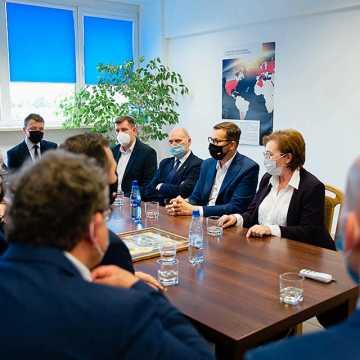 Premier Mateusz Morawiecki odwiedził zakład SKB w Radomsku