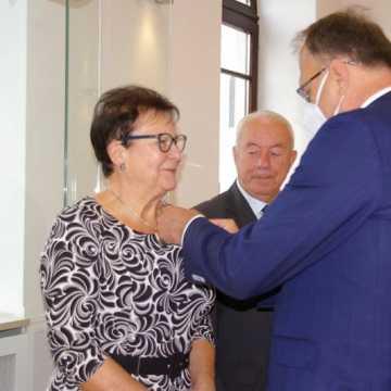 Złoci Małżonkowie uhonorowani medalami