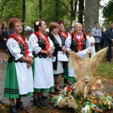 Dożynki w Niedośpielinie w gminie Wielgomłyny