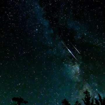 """Dziś noc """"spadających gwiazd"""" – Perseidów"""