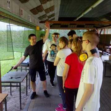 """Zawodnicy OKSS """"10-tka"""" po przerwie ponownie trenują i zwyciężają"""