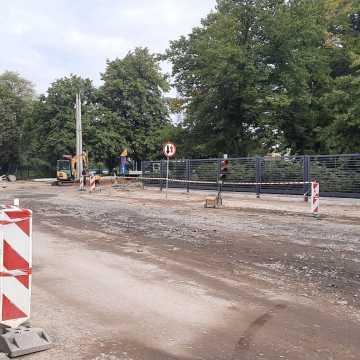 Jak idą roboty przy remoncie ulicy Piłsudskiego?
