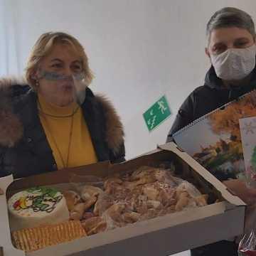 Społeczność szkoły w Przedborzu przygotowała upominek dla pacjentów ZPO