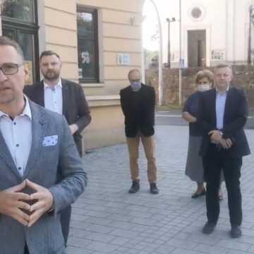 Platforma Obywatelska zbiera w Radomsku podpisy dla Rafała Trzaskowskiego