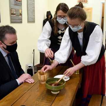 Piotrków Tryb.: Muzeum Marcepanów zaprasza do nowej siedziby
