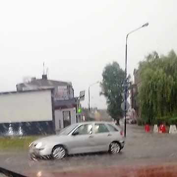 Burza w Radomsku i pow. radomszczańskim. Już ponad 100 interwencji straży