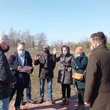 """Przedsiębiorca chce przedłużyć dzierżawę terenu przy ul. Kilińskiego. Radni są """"za"""""""