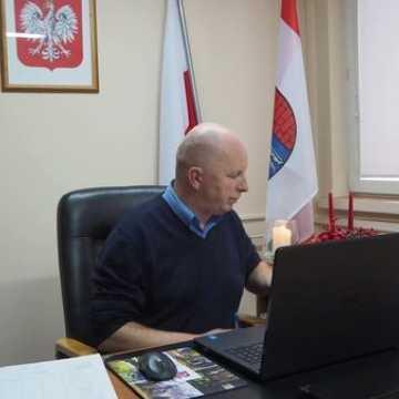 Zmiany w działalności powiatowych komisji konkursowych