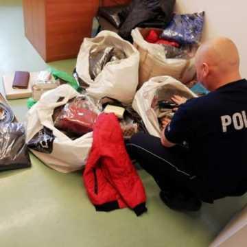 Sprzedawał podrobioną odzież i torebki na targowisku w Radomsku