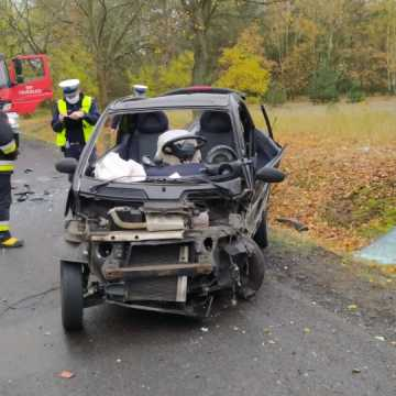 Pow. bełchatowski: nie żyje 64-letni kierowca smarta