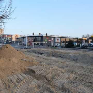 Trwają prace przy budowie ronda na ul. Brzeźnickiej