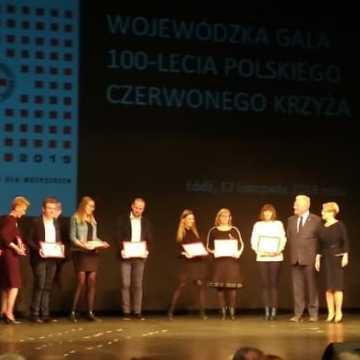 Małgorzata Lewandowska uhonorowana za działalność na rzecz PCK