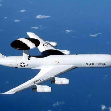 Szpiegowski samolot NATO latał nad regionem