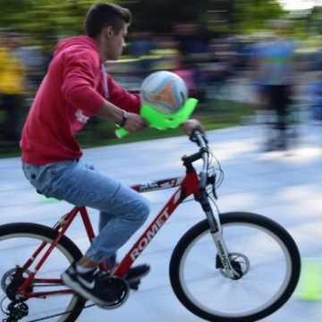Pieszo, rowerem, darmową komunikacją - konkursy dla radomszczan