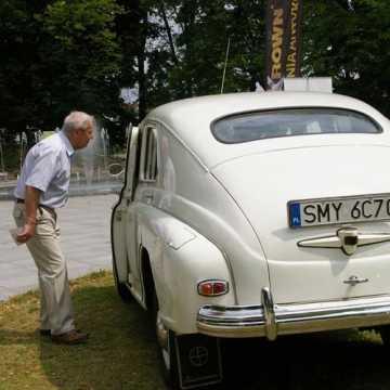 Zabytkowe pojazdy zaparkowały w Radomsku