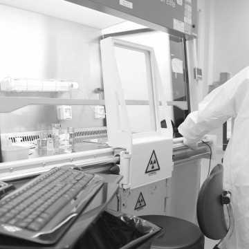 W szpitalu w Radomsku zmarł mężczyzna zakażony koronawirusem