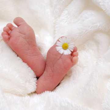 Urodziło się kolejne dziecko, którego rodzice są zakażeni koronawirusem