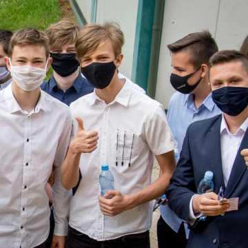 Bełchatów: wystartowały egzaminy ósmoklasistów